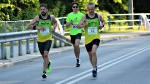 Michał i Piotr na kilometr przed metą
